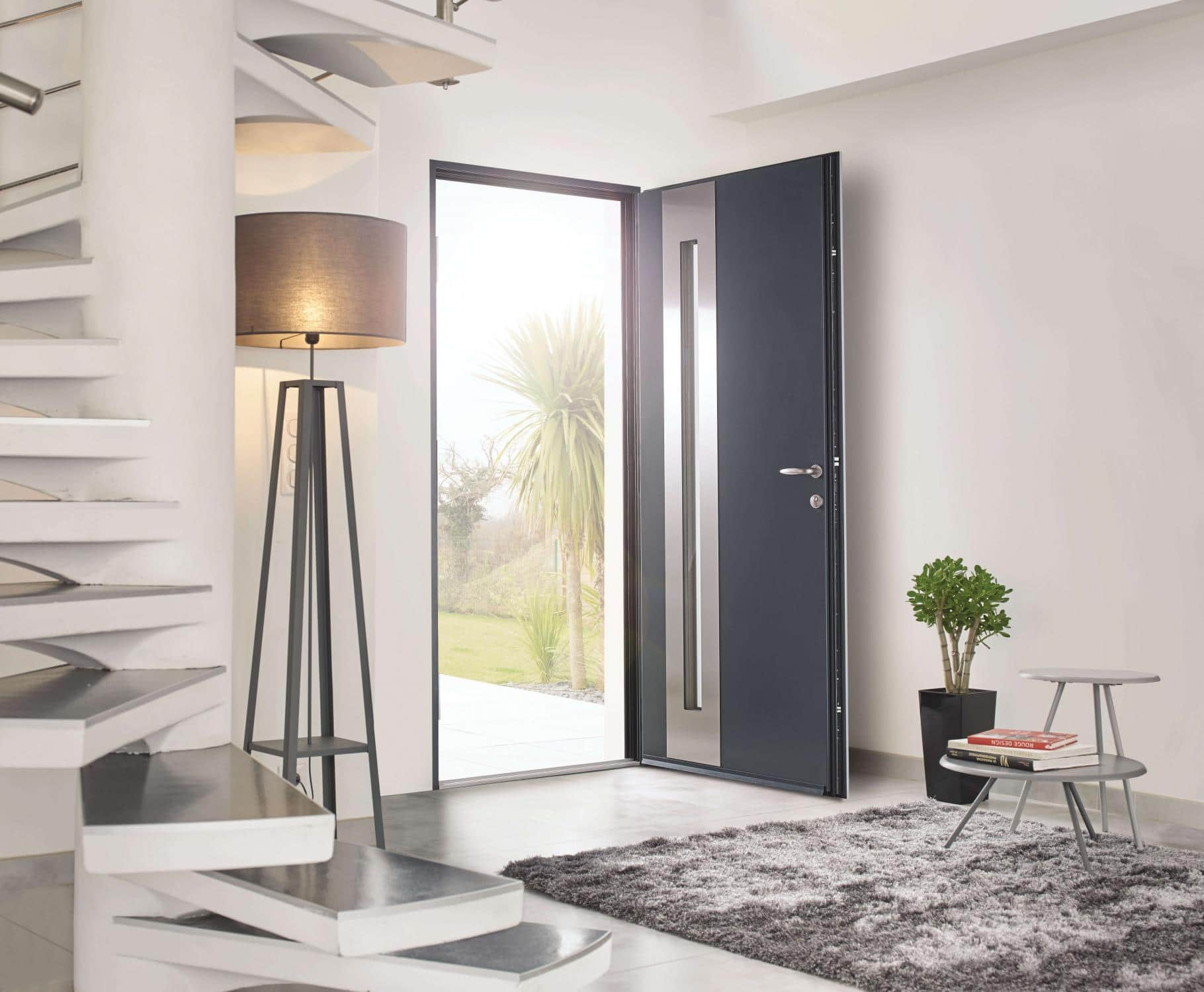 Atlantem une collection de portes d entr e multi for Porte de service anthracite